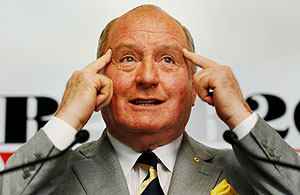 Alan Jones wants CBA boss to top ARU board