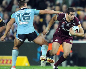 Greg Inglis playing for Queensland in State of Origin
