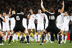 France advance on the All Blacks' haka