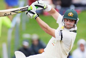 Australia face tricky chase to knock off Kiwis