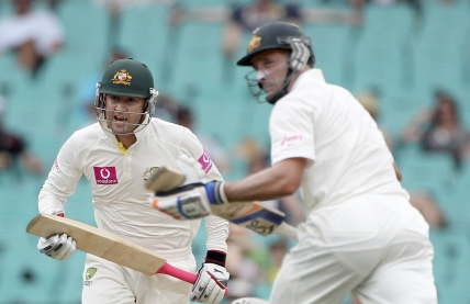 Michael Clarke and Michael Hussey continue grinding India into the SCG dirt.