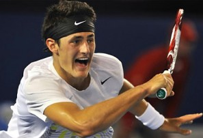 Tomic vs Federer: Australian Open 2013 live scores, blog