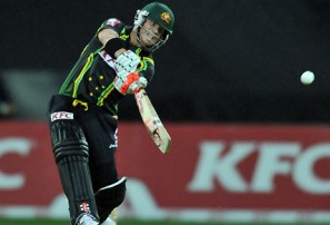 Warner belts Australia to close win over Sri Lanka