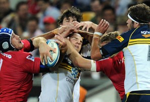 Reds beat Brumbies but lose face in a dull kickathon