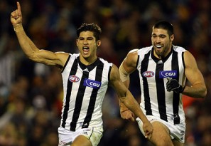 Collingwood vs Fremantle: AFL live scores, blog