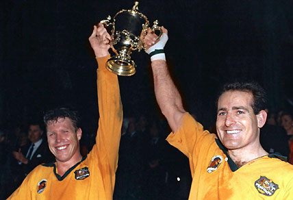 Nick Farr-Jones and David Campese at 1991 RWC. AAP Images