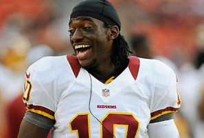 Who blew RG3's knee?