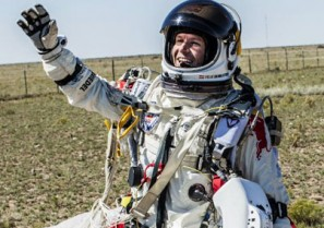 Red Bull Stratos LIVE: World's highest skydive (37km) live video
