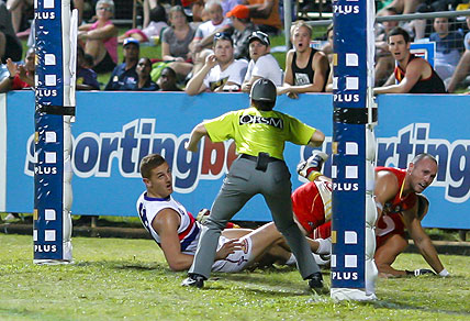 Liam Jones of Western Bulldogs looks to the umpire during the Round 8 AFL match between the Western Bulldogs and the Gold Coast Suns at TIO Stadium in Darwin, Saturday, May 19, 2012. (AAP Image/William Carroll)
