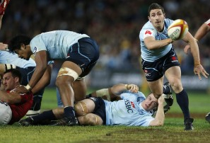 Waratahs lose to Sharks in spiteful affair
