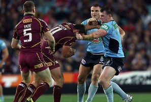 Paul Gallen and Nate Myles fight. (AAP Image/Action Photographics, Robb Cox