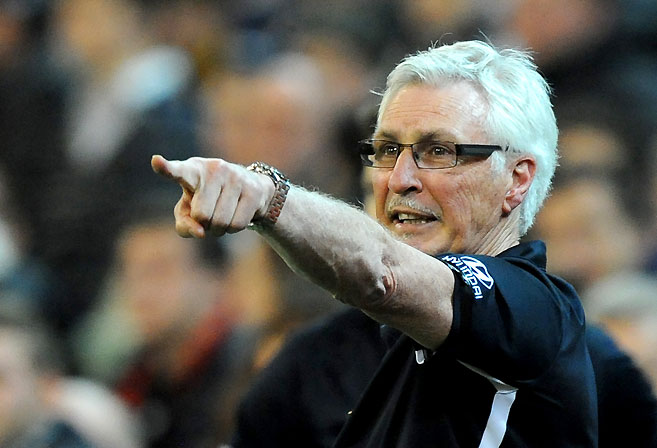Carlton coach Michael Malthouse. (AAP Image/Joe Castro)