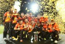 Perth Scorchers celebrate winning BBL04
