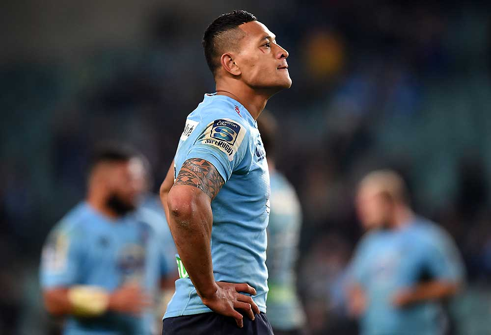 A dejected Israel Folau of the Waratahs