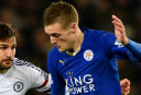 Leicester draw 1-1 at Manchester United to keep title race alive