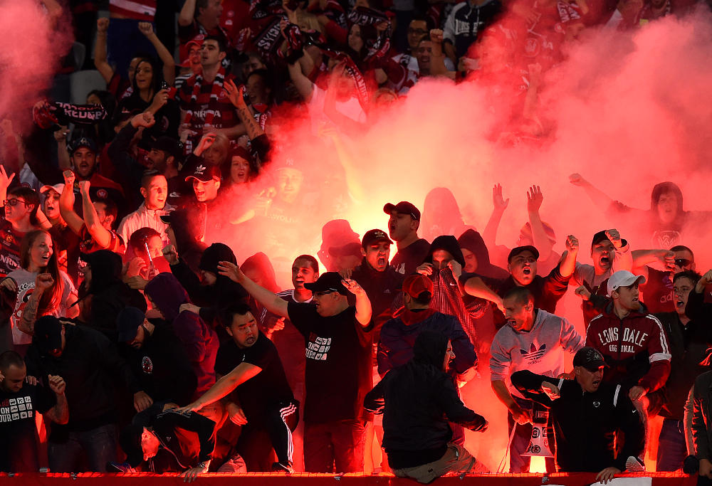 western sydney wanderers flares up - photo#11