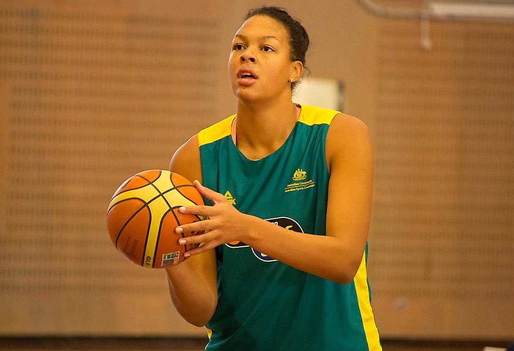 Elizabeth Cambage of the Opals
