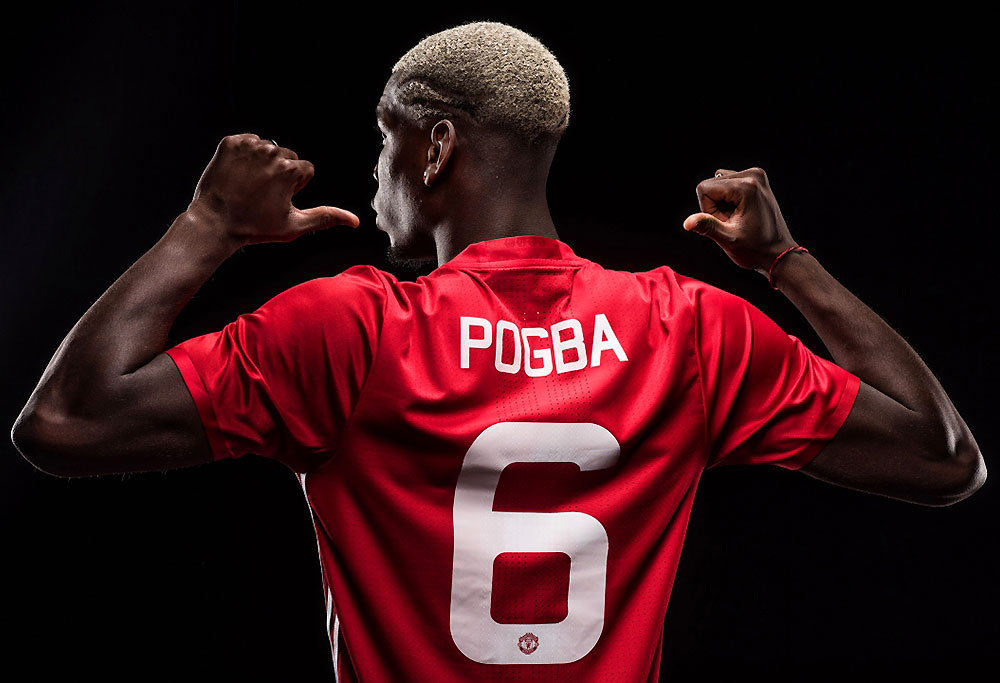 Paul Pogba wearing the Manchester United 6 shirt