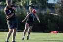 Giants Women Train <br /> <a href='http://www.theroar.com.au/2016/11/25/womens-sport-weekly-wrap-25-november/'>Women's sport weekly wrap: Footy, Cricket going from strength to strength</a>