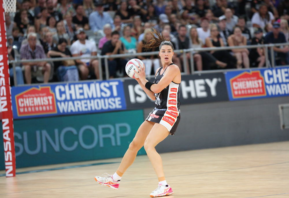 Collingwood Magpies in action against the Adelaide Thunderbirds
