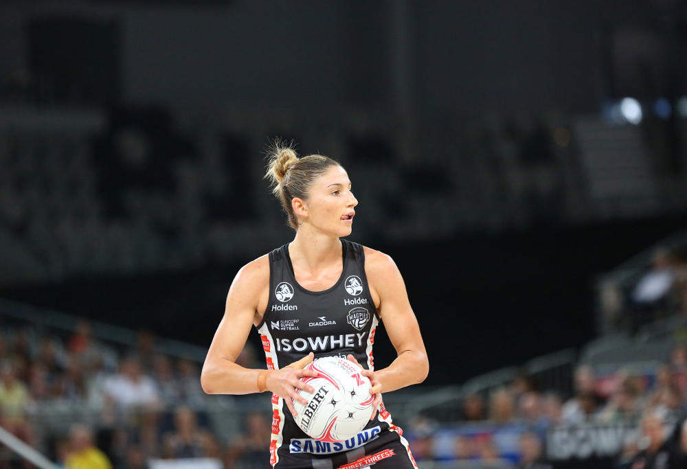 Shae Brown in action for the Collingwood Magpies