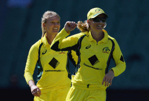 Aussie female cricketers to get massive pay day after historic offer from Cricket Australia