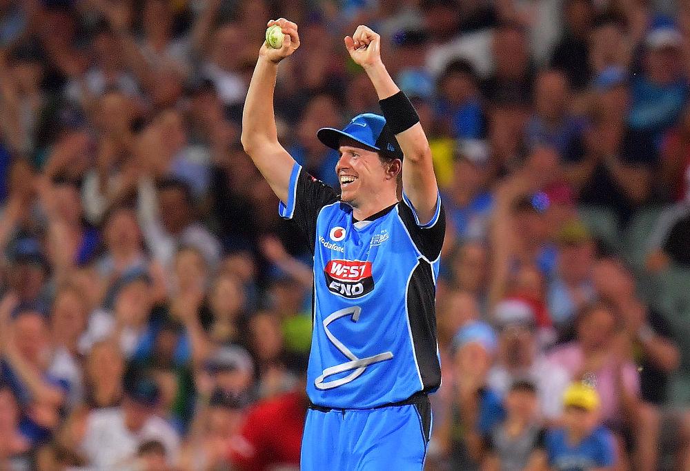 Afghan import Rashid Khan helps Adelaide Strikers sink Sydney Thunder in BBL