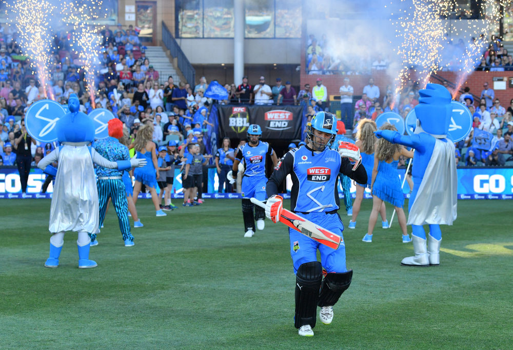 2017-18 Big Bash League - Sydney Thunder vs Adelaide Strikers Preview